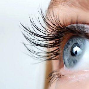 منتجات العناية بمنطقة العين والرموش